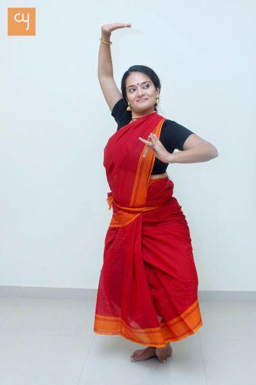 Shivangee Vikram, Draupadi, theatrical-classical dance, dance, dance mudra, nratya
