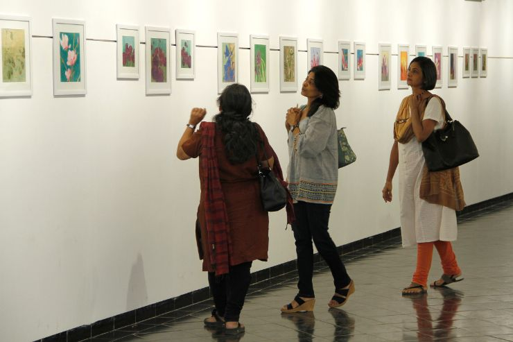 People at Mona Bhavsar, Painting Exhibition - Expression