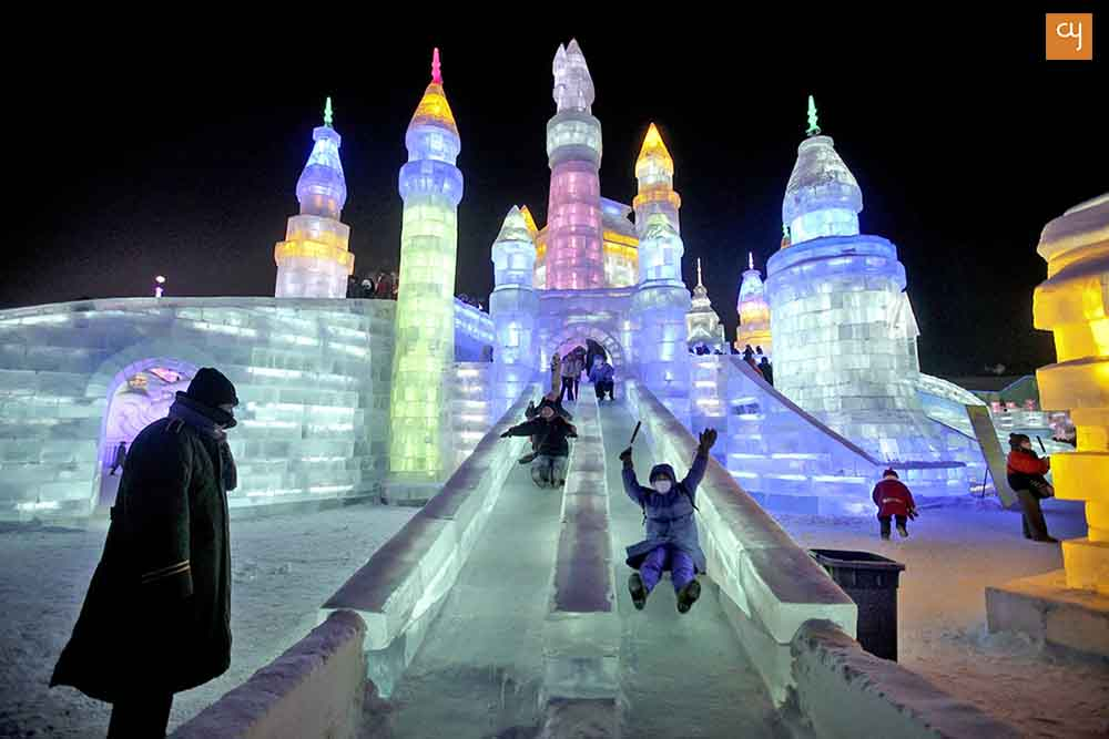 Image Source : http://goric.com/5-great-winter-playgrounds/