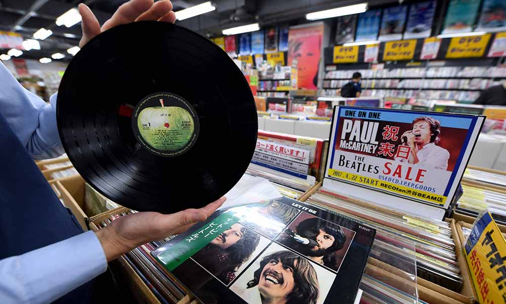 vinyl-records-and-sony-music-relive