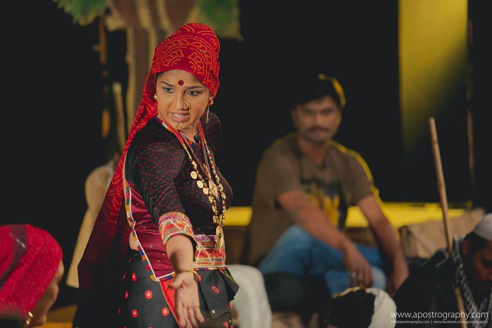 https://creativeyatra.com/wp-content/uploads/2017/10/Akoopar-Gujarati-Play-Events-in-Ahmedabad.jpg