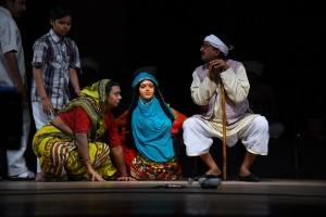 theatre-olympics-ahmedabad-gabarghichoran-ke-mai