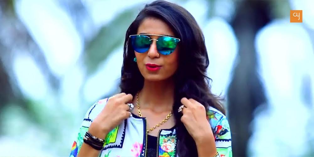 kinjal-dave-gujarati-singer-2